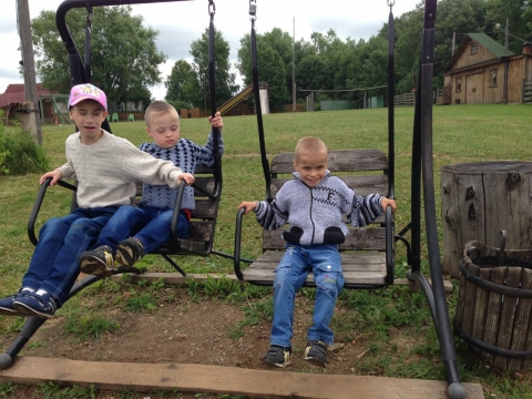 Малыши в Сергиевой Заводи